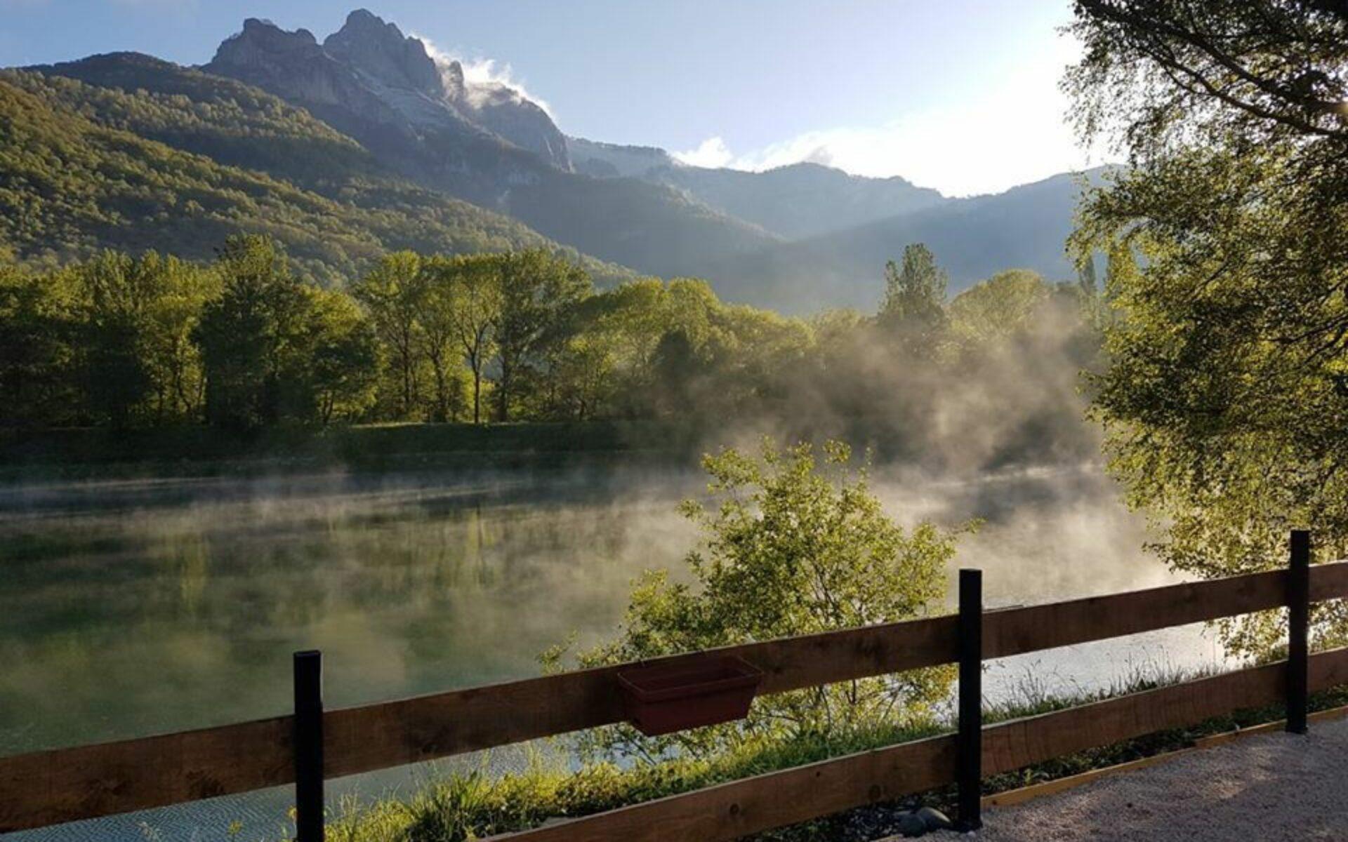 Brume sur le lac de Géry