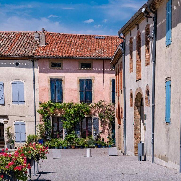Rue de Saint Felix Lauragais ©LoïcBel